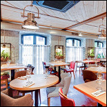 Ресторан Школа вина 0,75 - фотография 3 - Основной зал