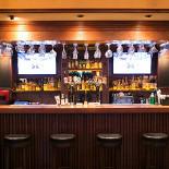 Ресторан Pool Bar & Grill - фотография 4 - Барная стойка