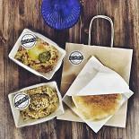 Ресторан Easy Hummus - фотография 1