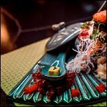 Ресторан Bamboo.Bar - фотография 6 - Гункан с икрой морского ежа