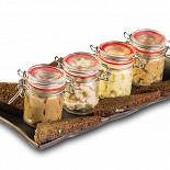 Ресторан Pasternak Bar - фотография 6 - Сет из 4-х фирменных закусок (острая сырная закуска, рубленное сало с чесноком, домашний паштет  из куриной печени, фаршмак)