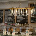 Ресторан Upside Down Cake Co. в Камергерском - фотография 2