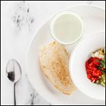 Ресторан Pesto Café - фотография 5 - Холодный огуречно-йогуртовый суп.
