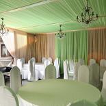 Ресторан Маска - фотография 5 - Летняя веранда