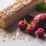 Ресторан Русские сезоны - фотография 5 - Медовик