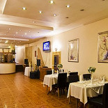 Ресторан Голден Гор - фотография 1