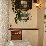 Ресторан Пироговая лавка - фотография 3 - Уютный зал для двоих