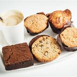 Ресторан Bread & Beef  - фотография 6 - Десерты на любой вкус!
