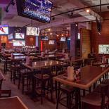 Ресторан Hooters - фотография 3