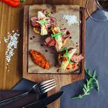 Ресторан Easy Brix Grill & Wine - фотография 2