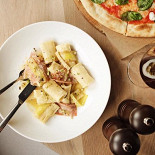 Ресторан Crosta - фотография 2