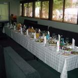 Ресторан Сад - фотография 1 - Зал с проектором и большим экраном