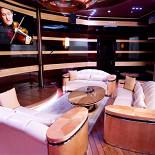 Ресторан Лодка - фотография 3 - Большой VIP зал с караоке