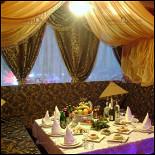 Ресторан Огни Баку - фотография 2 - кабинка