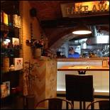 Ресторан Meatball Heaven - фотография 1 - вид на открытую кухню
