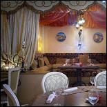 Ресторан Паша-кебаб - фотография 1 - Уютные кабинки ресторана