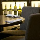 Ресторан Sumosan - фотография 2 - Круглые столы на 6 человек
