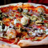 Ресторан Vapiano - фотография 1 - Пицца «Фрутти де Маре»