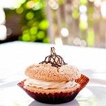 Ресторан Бриошь - фотография 4 - Миндальное пирожное