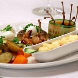 Ресторан Петергоф - фотография 2