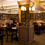 Ресторан Вояж - фотография 3 - Нижний зал