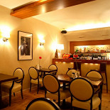 Ресторан Mi piace - фотография 3 - Зал для некурящих.