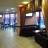 Ресторан Стадион - фотография 3 - Мы рады Вам предложить уютные диванчики.Кальянная зона.