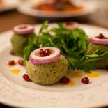 Ресторан Эларджи - фотография 3 - Пхали.