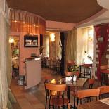 Ресторан Зерно истины - фотография 2 - Просторно