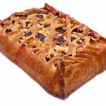 Ресторан Штолле - фотография 5 - Пирог с брусникой