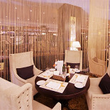 Ресторан Repin Lounge - фотография 1 - Lounge area