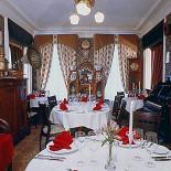 Ресторан Семь пятниц - фотография 3 - Уютная комната с граммофономъ xDD
