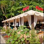 Ресторан Chalet - фотография 5 - летняя терраса ресторана Chalet г.Анапа