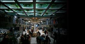Карри, устрицы и пенерли: 27 кафе на Центральном рынке