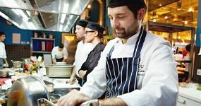 Как живут и работают русские повара в Австралии
