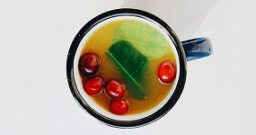 Горячие осенние: 20 напитков на основе трав и фруктов