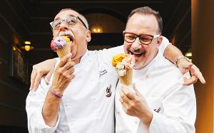 Трюфели, эклеры, пончики и торты: все сладости города в одном месте