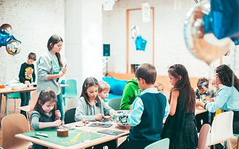 Отправить ребенка на мастер-классы «Гаража»