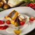 """Ресторан Pesto Café - фотография 5 - Филе судака, мини-картофелем , фенхель, томатами черри с соусом """"Белое вино"""" и томатным соусом."""