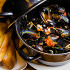 Ресторан Boston Seafood & Bar - фотография 4 - Мидии по-провански с томатами, травами и чесноком