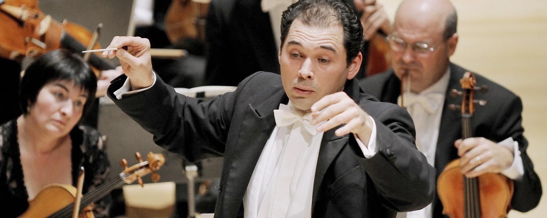 Новый дирижер Большого театра: кто он и что от него ожидать