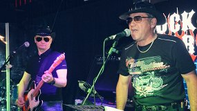 «Blues Brothers Party»: Blues Willys