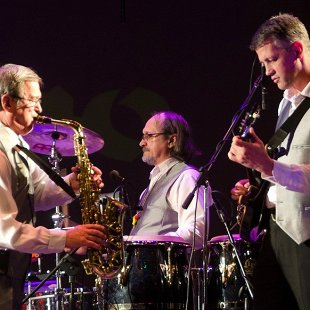 «Комбо-джаз-бенд»