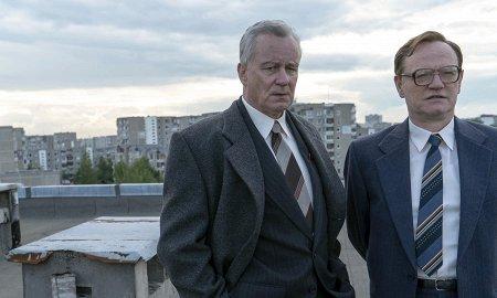 Домашний киномарафон: «Чернобыль», «Черное зеркало» и финал «Дедвуда»