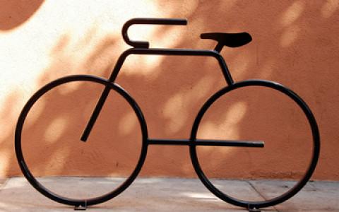 Новые правила «Тройки», сотня велопрокатов, антитабачный закон и другие нововведения