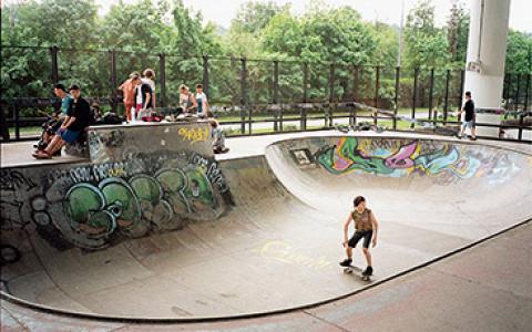 55 мест для пробежек, занятий йогой, катания на скейте, игры в пинг-понг и другого активного отдыха
