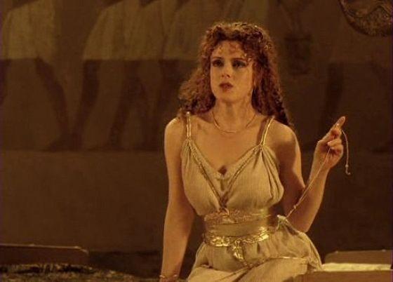 Бернадетта Питерс (Bernadette Peters)