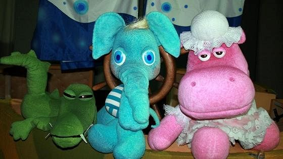Любознательный слоненок