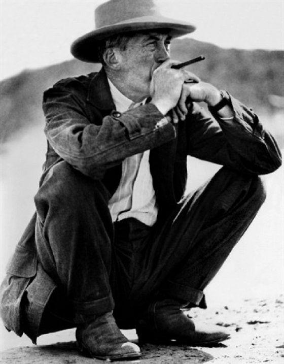 Джон Хьюстон (John Huston)