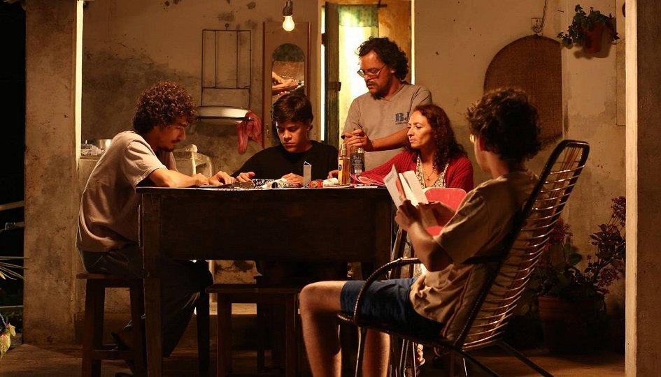Кино: «Биг Жато»